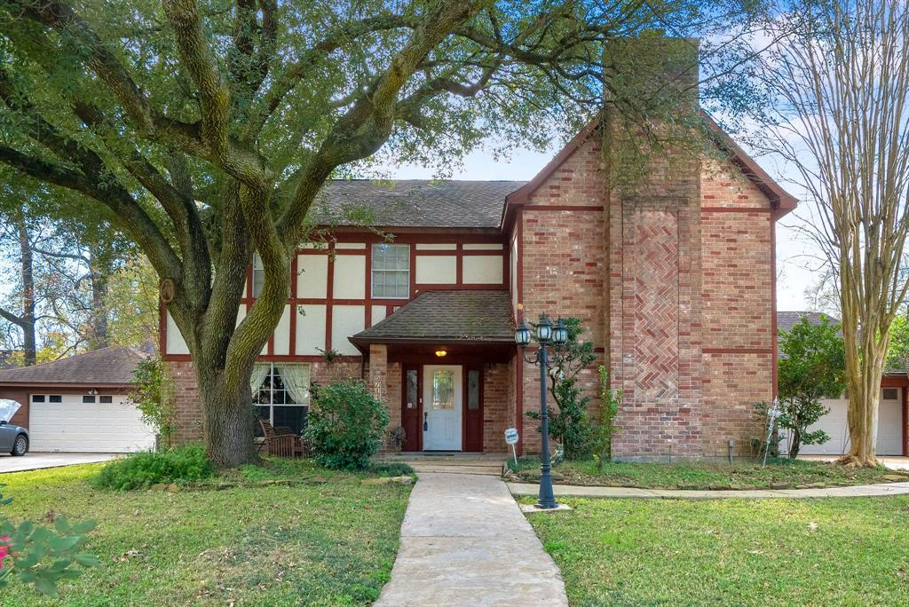 Photo for 5714 Upper Lake Drive, Humble, TX 77346 (MLS # 65813977)