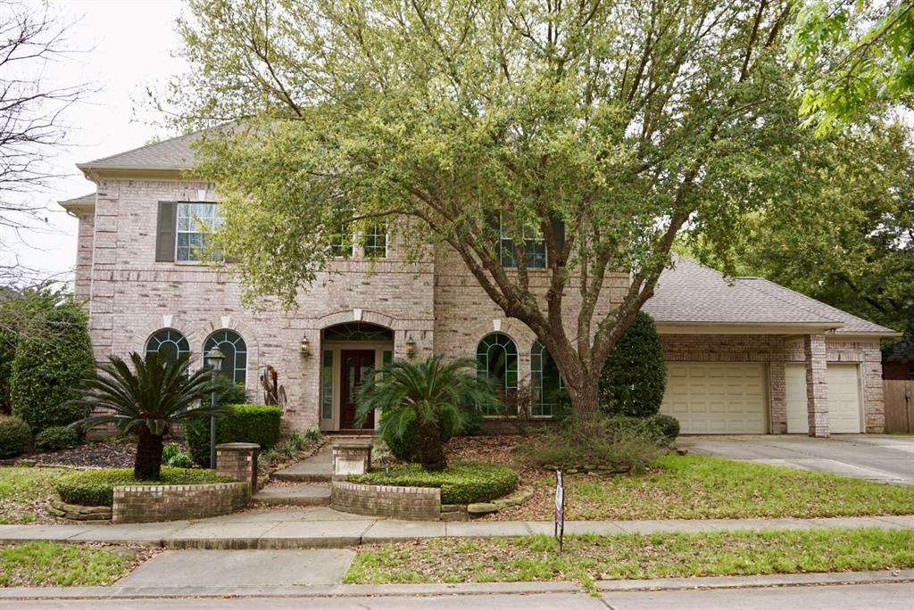 Photo for 6511 Cobblestone Hill Street, Houston, TX 77345 (MLS # 66813857)