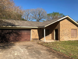 Photo of 624 Alamo Street, West Columbia, TX 77486 (MLS # 67286038)