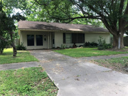 Photo of 209 S Mattson, West Columbia, TX 77486 (MLS # 67665198)