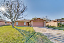 Photo of 201 Draeger Drive, West Columbia, TX 77486 (MLS # 68365039)