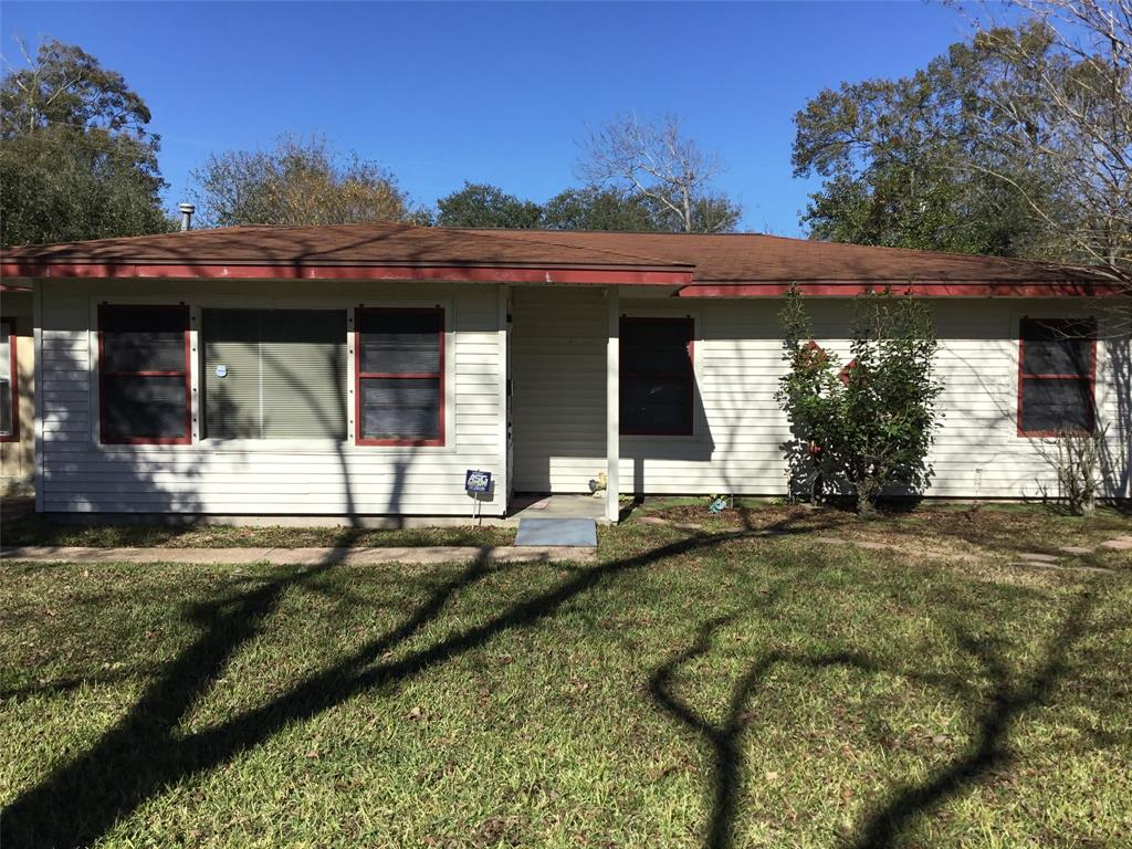 Photo for 708 19th Avenue N, Texas City, TX 77590 (MLS # 69421934)