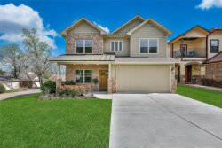 Photo of 113 Harbour Town Drive, Montgomery, TX 77356 (MLS # 69829442)