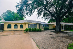 Photo of 5554 Beechnut Street, Houston, TX 77096 (MLS # 70788035)