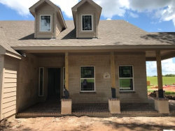 Photo of 457 Twin Lakes Boulevard, West Columbia, TX 77486 (MLS # 72392771)