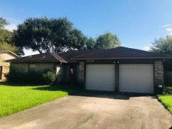 Photo of 1818 Meadow Creek Drive, Pearland, TX 77581 (MLS # 7358270)