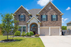 Photo of 9711 Wincrest Drive, Mont Belvieu, TX 77523 (MLS # 73761343)