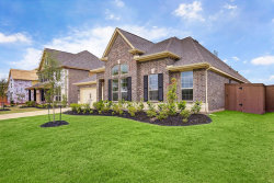 Photo of 222 Bentwater Lane, Clute, TX 77531 (MLS # 76036983)