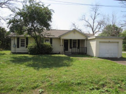 Photo of 215 Avenue D, Highlands, TX 77562 (MLS # 80344632)