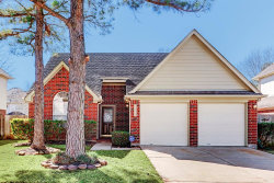 Photo of 16430 Dawncrest Way, Sugar Land, TX 77498 (MLS # 82556219)