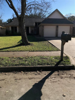 Photo of 620 Manor Drive, Angleton, TX 77515 (MLS # 83702194)