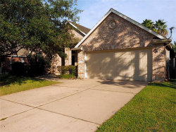 Photo of 237 Kettering, League City, TX 77573 (MLS # 84373393)