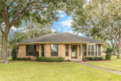 Photo of 2 S Erik Drive, Angleton, TX 77515 (MLS # 85008526)