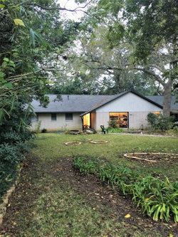 Photo of 246 Forest Drive, Lake Jackson, TX 77566 (MLS # 85058402)