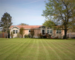 Photo of 11735 E Old Oak Trail, Willis, TX 77378 (MLS # 85930296)