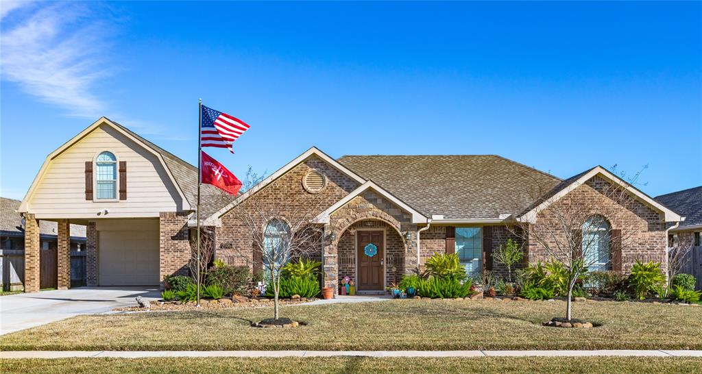 Photo for 2505 Grey Kirby Drive, League City, TX 77573 (MLS # 90498297)