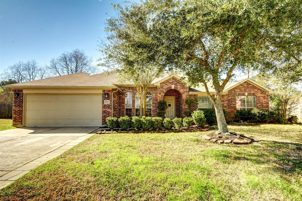 Photo for 21503 Country Club Green Circle, Tomball, TX 77375 (MLS # 92064270)