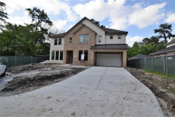 Photo of 8834 Winningham Lane, Houston, TX 77055 (MLS # 94253931)
