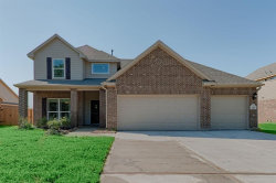 Photo of 241 N Twin Lakes Boulevard N, West Columbia, TX 77486 (MLS # 95430915)