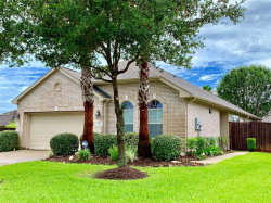 Photo of 2418 Modena Court, Pearland, TX 77581 (MLS # 97031923)