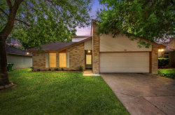 Photo of 32 Ranch House Loop, Angleton, TX 77515 (MLS # 98053917)