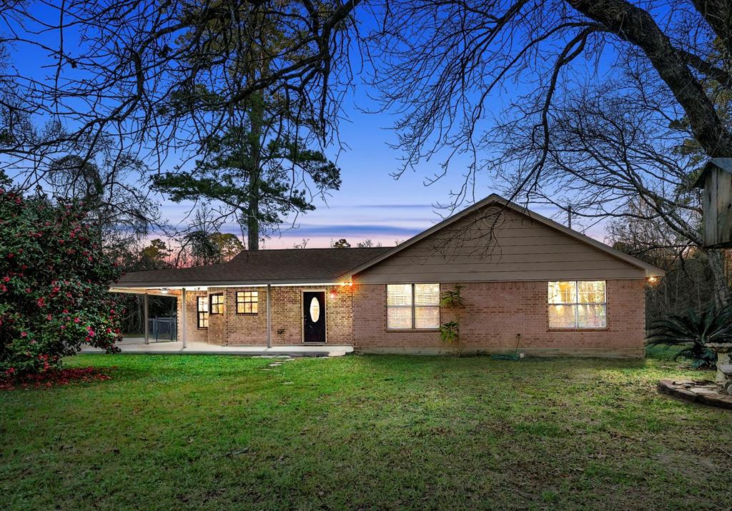 Photo for 18186 Trails End Road, Conroe, TX 77385 (MLS # 43744057)