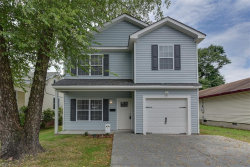 Photo of 926 Middle Street, Chesapeake, VA 23324 (MLS # 10167740)