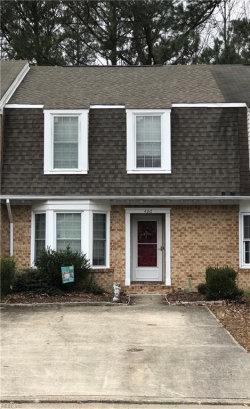 Photo of 406 Middle Oaks Drive, Chesapeake, VA 23322 (MLS # 10170612)