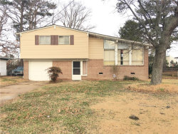 Photo of 534 Briar Hill Road, Norfolk, VA 23502 (MLS # 10170618)