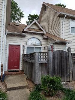 Photo of 337 D Wimbledon Chase, Chesapeake, VA 23320 (MLS # 10176234)