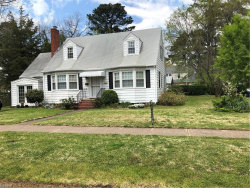 Photo of 1400 Magnolia Avenue, Norfolk, VA 23508 (MLS # 10189612)
