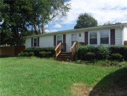 Photo of 152 Kempsville Road, Chesapeake, VA 23320 (MLS # 10217775)