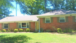 Photo of 9 Balmoral Dr Drive, Hampton, VA 23669 (MLS # 10271395)