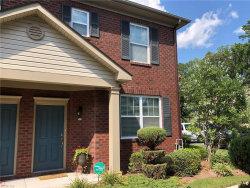 Photo of 516 Hadleybrook Drive, Chesapeake, VA 23320 (MLS # 10277759)