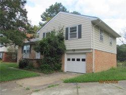 Photo of 22 Wheatland Drive, Hampton, VA 23666 (MLS # 10282513)