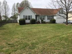 Photo of 721 N Haven Circle, Chesapeake, VA 23322 (MLS # 10311840)