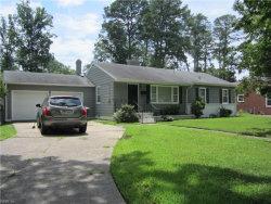 Photo of 316 Mistletoe Drive, Newport News, VA 23606 (MLS # 10271449)