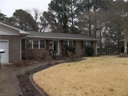Photo of 337 Castlewood Court, Hampton, VA 23669 (MLS # 10329230)