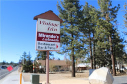 Photo of 41066 Big Bear Blvd, Big Bear Lake, CA 92315 (MLS # 31893237)