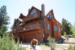 Photo of 351 Glenwood Drive, Big Bear Lake, CA 92315 (MLS # 3172944)