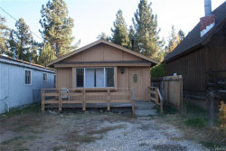 Photo of 1002 West Fairway Boulevard, Big Bear City, CA 92314 (MLS # 3182466)