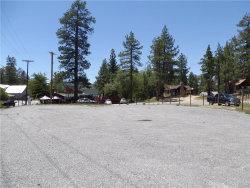 Photo of 40318 Big Bear Boulevard, Big Bear Lake, CA 92315 (MLS # 31906126)