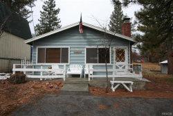 Photo of 594 Lakewood Lane, Big Bear Lake, CA 92315 (MLS # 31911490)