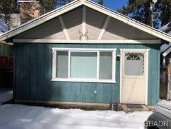 Photo of 729 Meadow Lane, Big Bear Lake, CA 92315 (MLS # 32000591)