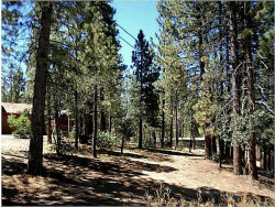 Photo of 40131 Hillcrest, Big Bear Lake, CA 92315 (MLS # 2160108)