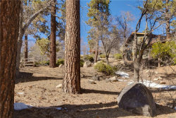 Photo of 1396 Balsam Drive, Big Bear Lake, CA 92315 (MLS # 3173105)