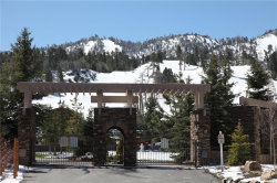 Photo of 1224 Wolf Creek Court, Big Bear Lake, CA 92315 (MLS # 3173949)
