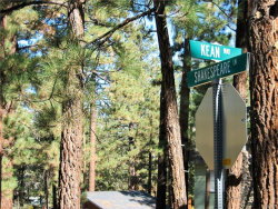 Photo of 508 Shakespeare, Big Bear City, CA 92314 (MLS # 3174111)