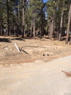 Photo of 422 Shady Lane, Big Bear Lake, CA 92315 (MLS # 3181238)
