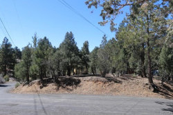 Photo of 632 Beaumont Lane, Big Bear City, CA 92314 (MLS # 3182521)
